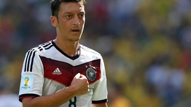 Football - Germany's Ozil doubtful for Argentina friendly