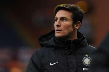 Chelsea target Zanetti is crucial for Inter, says Mazzarri