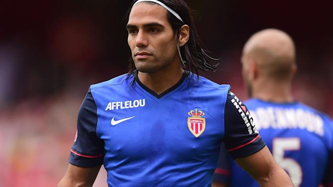 Liga - Dad: Madrid didn't want to buy Falcao