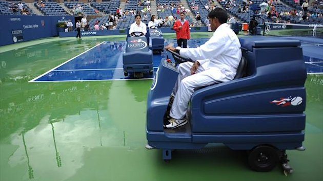 US Open rain break
