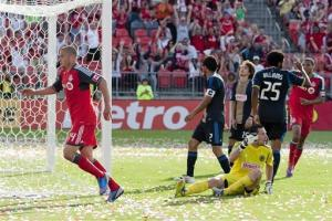 Toronto ends 9-game losing streak, 1-0 over Union