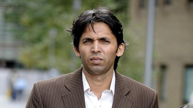 Cricket - Banned Pakistan bowler Asif robbed in Lahore
