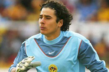 AC Milan want Ajaccio goalkeeper Ochoa, claims agent