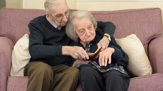 Jack Potter Reads 75 Years of Diaries to Wife With Dementia