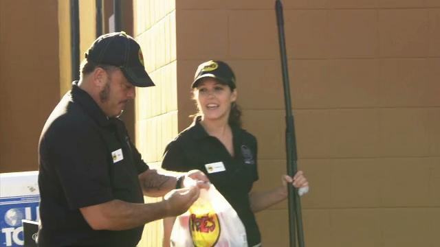 Undercover Boss - Deleted Scene: Customer Convenience (Moe's Southwest Grill)