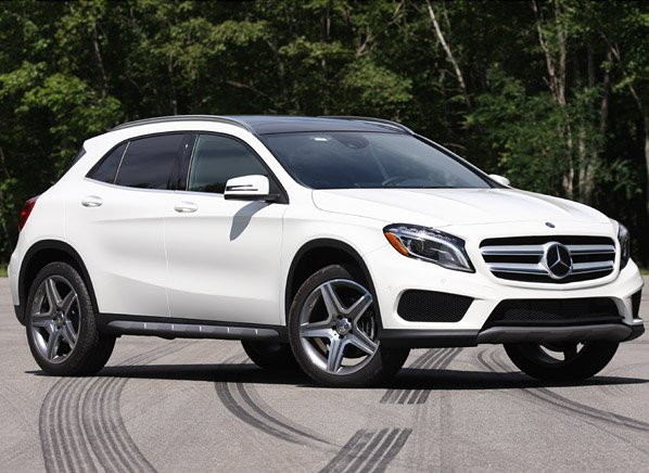 mercedes benz gla joins the small suv fray yahoo autos. Black Bedroom Furniture Sets. Home Design Ideas
