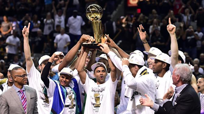 Basketball - San Antonio Spurs beat Miami Heat to clinch NBA title