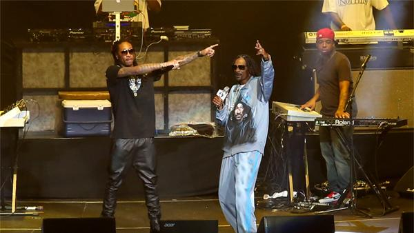 Snoop Dogg Proves Himself King of the West Coast at BET Experience
