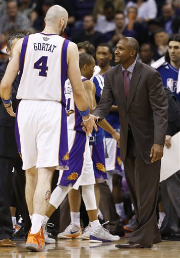 Hunter 2-0 as coach after Suns beat Clippers