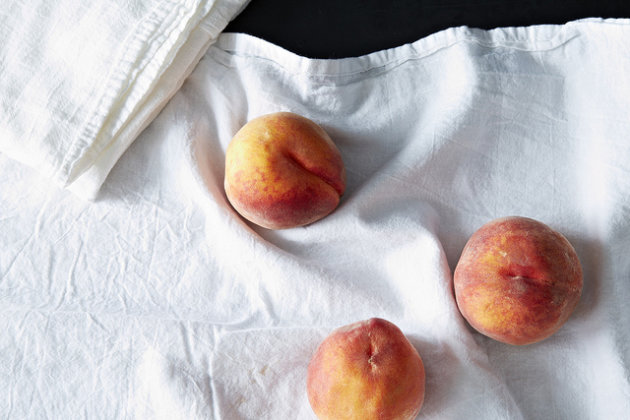 Ripening Peaches from Food52