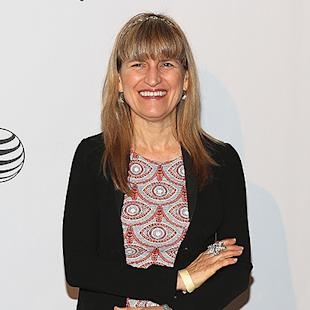 Catherine Hardwicke in Talks to Direct 'Love Letters to the Dead' for Fox 2000
