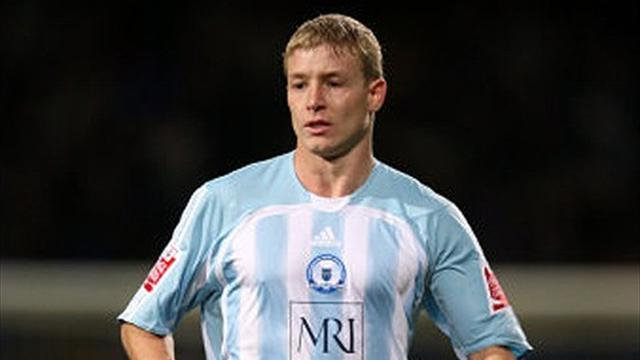 League Two - Plymouth sign Peterborough defender Griffiths