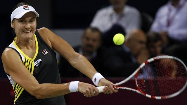 Australian Open - Petrova withdraws from Australia after death of mother