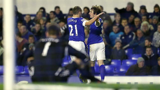 Premier League - Baines brace sees Everton close gap on Spurs