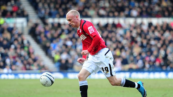 Preston want to further improve their strikeforce after the signing of Lee Trundle