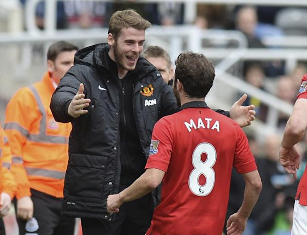 Manchester United Mata predicts fans to support David De Gea after Real Madrid move collapsed