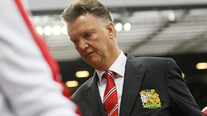 Football - Van Gaal coy over Di Maria