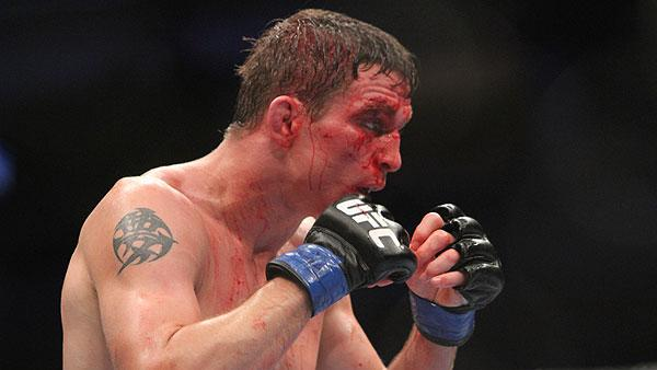 Darren Elkins and Hatsu Hioki Set to Fight at UFC on Fox Sports 1 #2