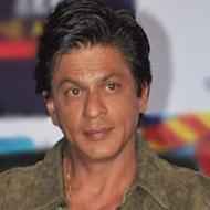 Shah Rukh Khan Planning To Quit Smoking?