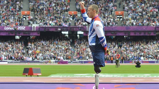 Athletics - Whitehead looking to retain title in style