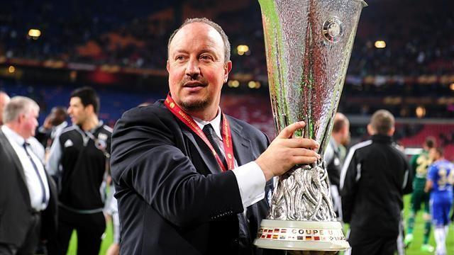 Europa League - Mourinho snipes at Benitez's cup win at Chelsea