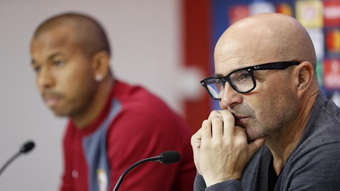 Sevilla coach Jorge Sampaoli (R) and Mariano during the press conference