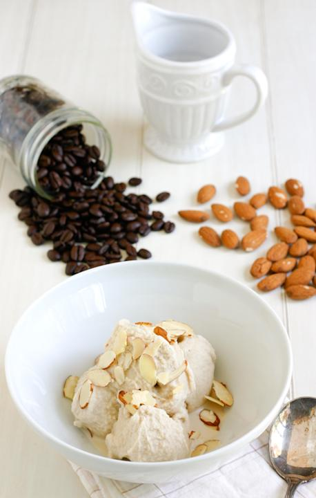 Coffee Almond Ice Cream