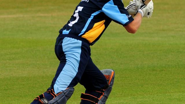 Cricket - Root replaces Briggs in England line-up