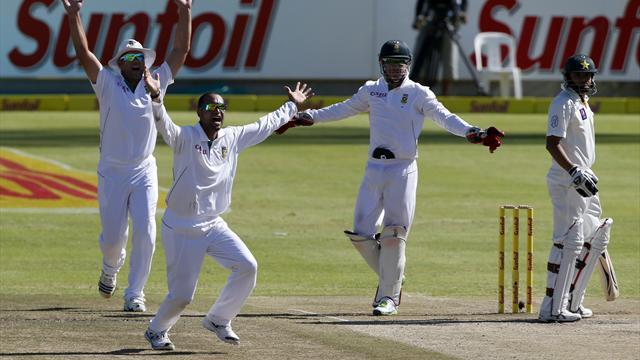 Cricket - Abbott puts South Africa on course for crushing win