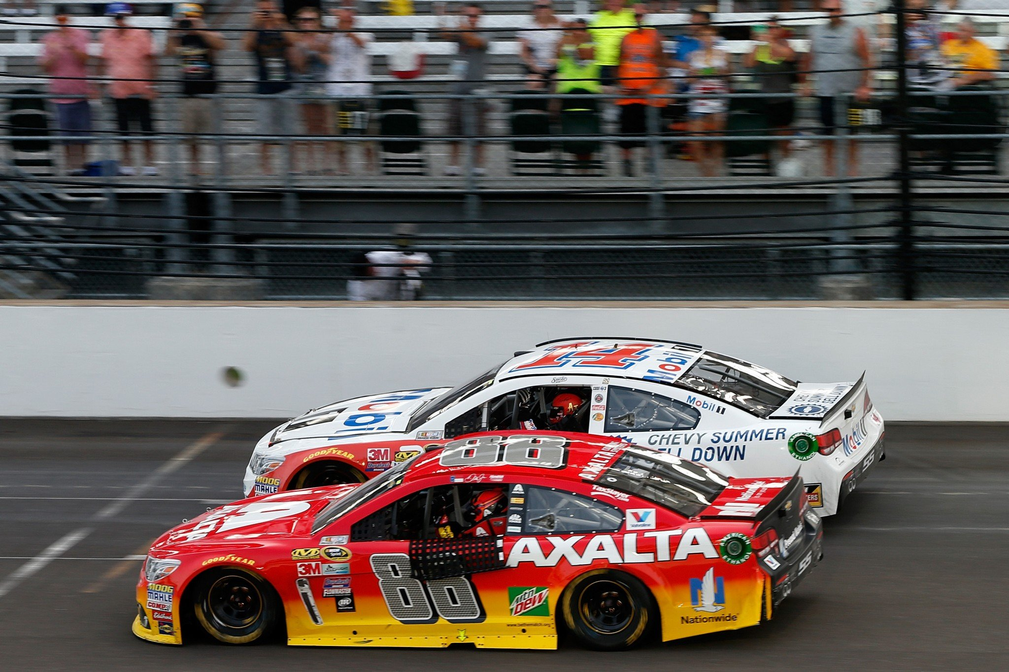 Tony Stewart and Jeff Gordon took a lap after Sunday's race (Getty).