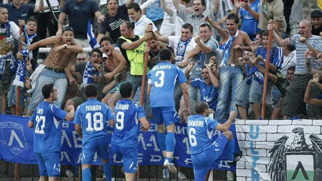 European Football - Levski go top in Bulgaria to give Mitov perfect start