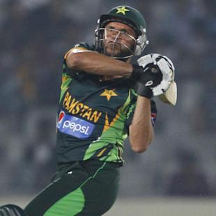 Afridi hits Bangladesh, hurts India
