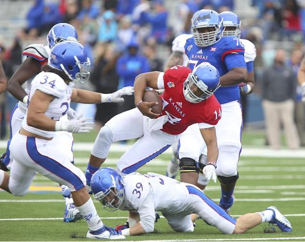 Kansas QB Cummings needs knee surgery after spring game