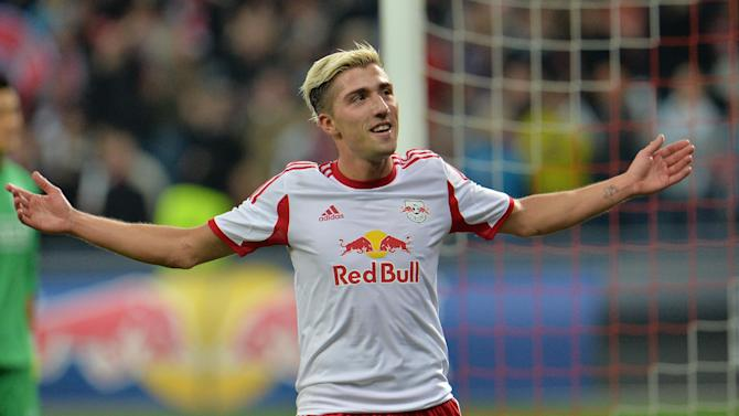 Salzburg's  Kevin Kampl reacts after  the Europa League group C soccer match  between Red  Bull Salzburg and Standard de Liege  in Salzburg, Austria, Thursday, Oct.  24, 2013. Salzburg won 2-0