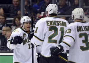 Jagr, Whitney help Stars beat Kings 2-0