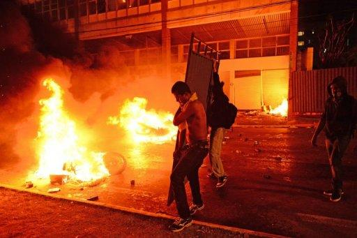 Violent demonstrators clash with the police in Belo Horizonte, Brazil on June 26, 2013