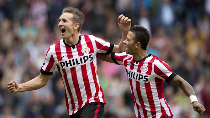 Football - PSV Eindhoven end long wait for Dutch title