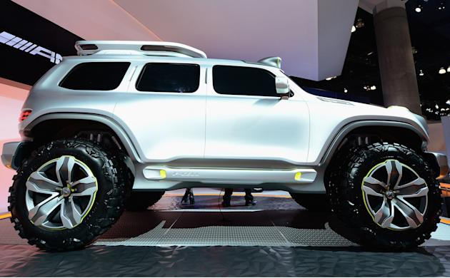 2012 LA Auto Show Features Automotive Innovation