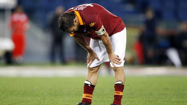 Serie A - Roma fall to defeat in soggy Parma