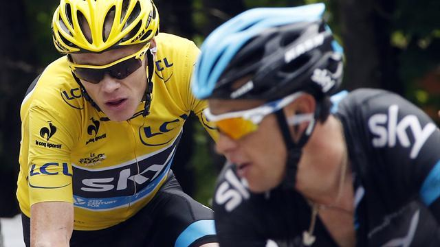 Tour de France - Froome penalised 20 seconds for illegal feeding
