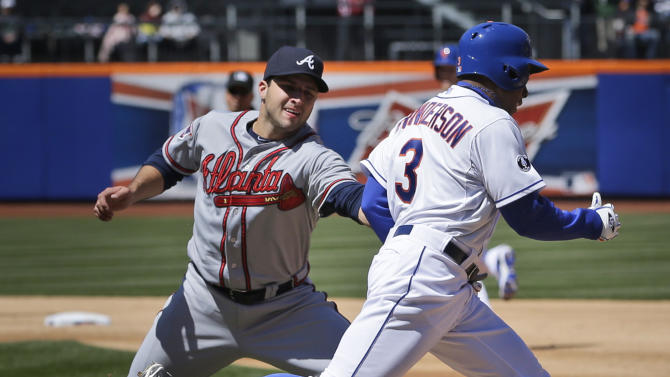 Curtis Granderson lifts Mets over Braves 4-3 in 14