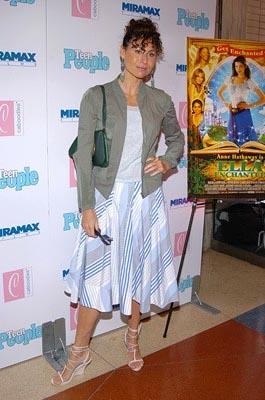 Minnie Driver at the New York premiere of Miramax's Ella Enchanted