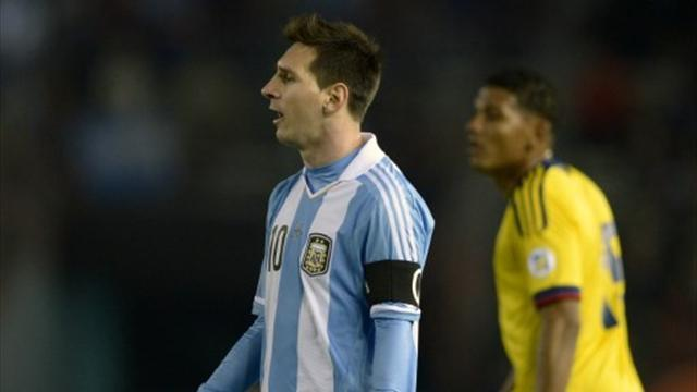 World Cup - Argentina held by Colombia despite Messi cameo