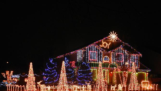 Outrageous Holiday Light Displays