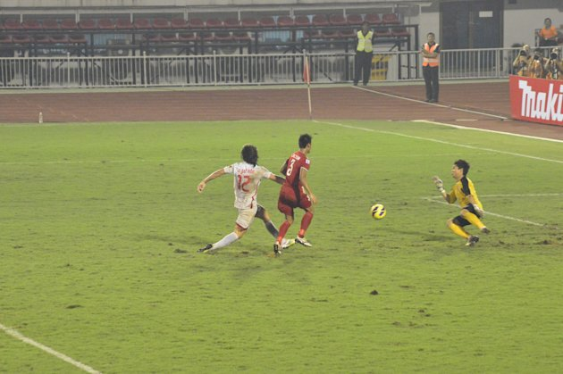 Angel Guirado scores in the 93rd minute to seal the Philippines' 2-0 win over Myanmar. (Photo by Bob Guerrero)