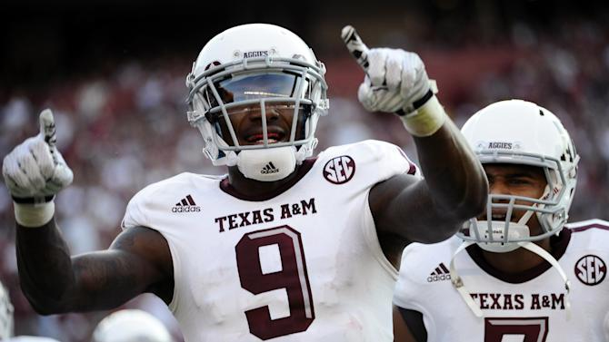 Kenny Football: Hill surpasses Manziel's mark