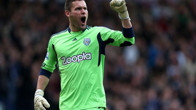 Premier League - England keeper Foster suffers 'serious' foot injury