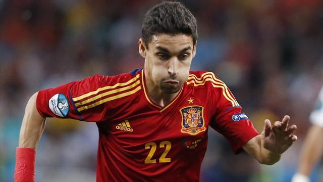 Liga - Sevilla confirm Navas heading to Man City
