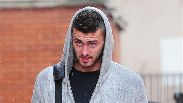 Championship - Sheffield Wednesday give Madine second chance after prison release