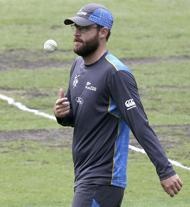 New Zealand's Daniel Vettori flips the ball up during training for the Cricket World Cup final at the Melbourne Cricket Ground in Melbourne, Australia, Saturday, March 28, 2015. New Zealand will p